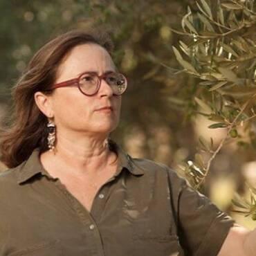 Volti Moderni dell'Arte Olearia Italiana: Antonella Titone